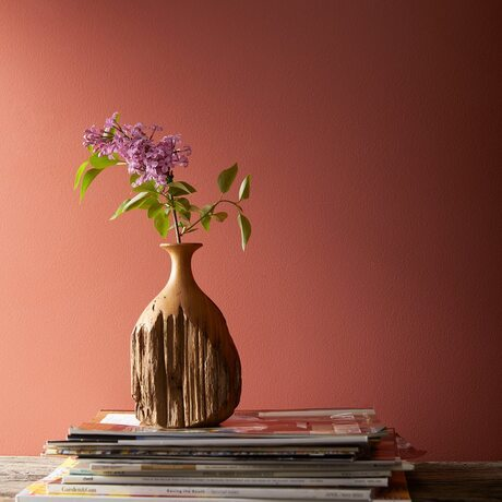 With its playful pink and orange undertones, Rosy Peach 2089-20 will make you rethink reds.